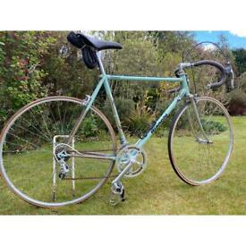 Bianchi - seconda classic road bike