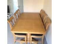 Excellent Condition 10 seater Oakwood Diningtable for £300