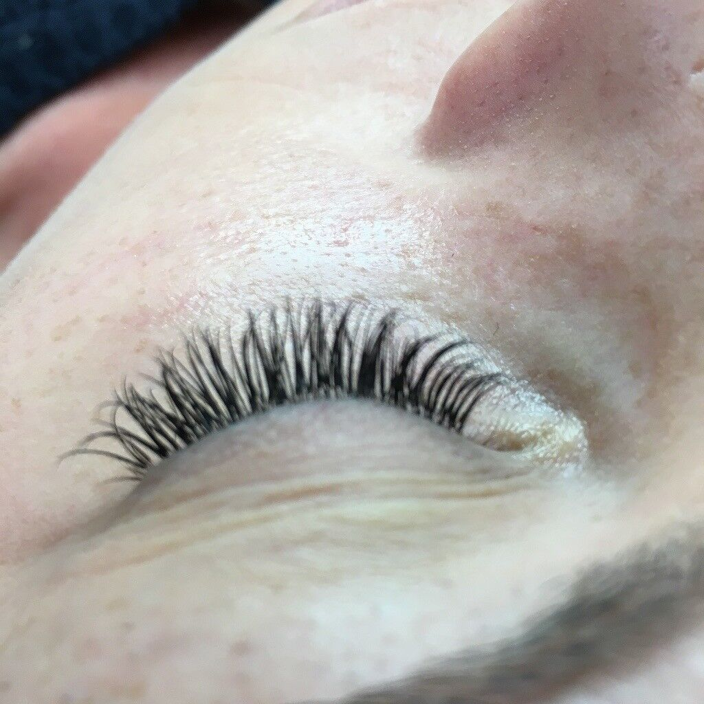 Professional Eyelash Extensions *Special Introductory Offer*