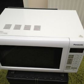 PANASONIC INVERTER Microwave in very good condition.