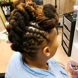 Experienced Loctition/ Hairdresser Interlocking Retwist Starter locs Dreadlocks Twists South London