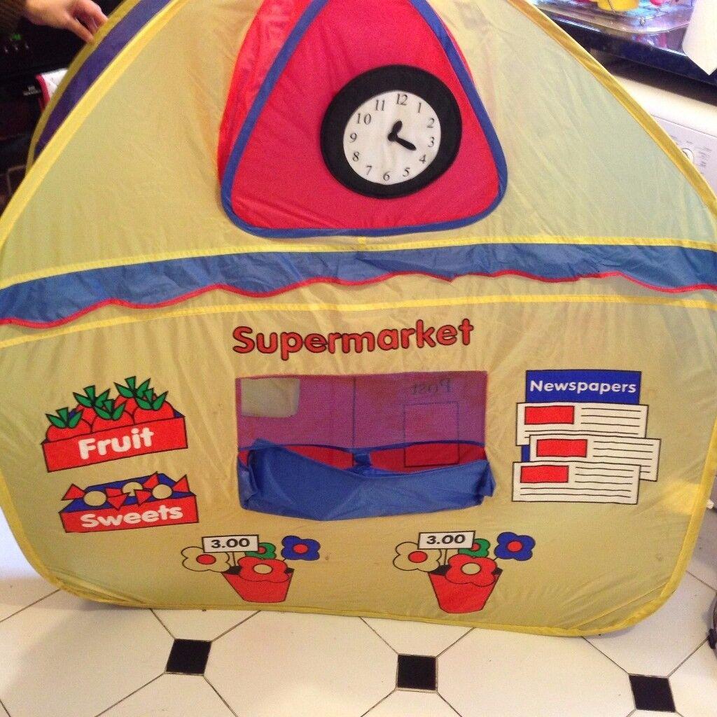 Kids Pop up Tent Excellent Condition