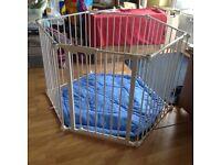 Lindam playpen/ room divider