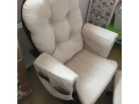 Nursery chair and footstool gliding