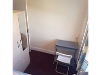 WOW! double bedroom for singles ready now. Plaistow, Canning town. Must see!!