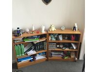 Second hand bookcases: 1x15£ or 2x20£