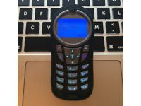 Perfect Motorola C115 CLASSIC RETRO Unlocked Mobile SmartPhone in Black + Charger + Sim Card