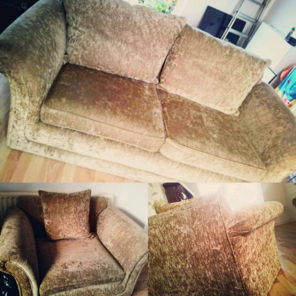 Large 2 seater & Snuggle Chair