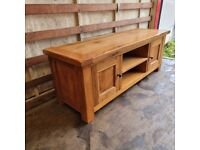 Solid Oak TV stand Cabinet Unit from Oak Furnitureland (Delivery Available)