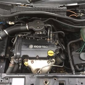 vauxhall corsa c sxi 1.2 ecotec engine (can be heard running)