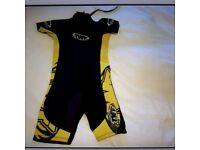 Kids wetsuit age 7-8
