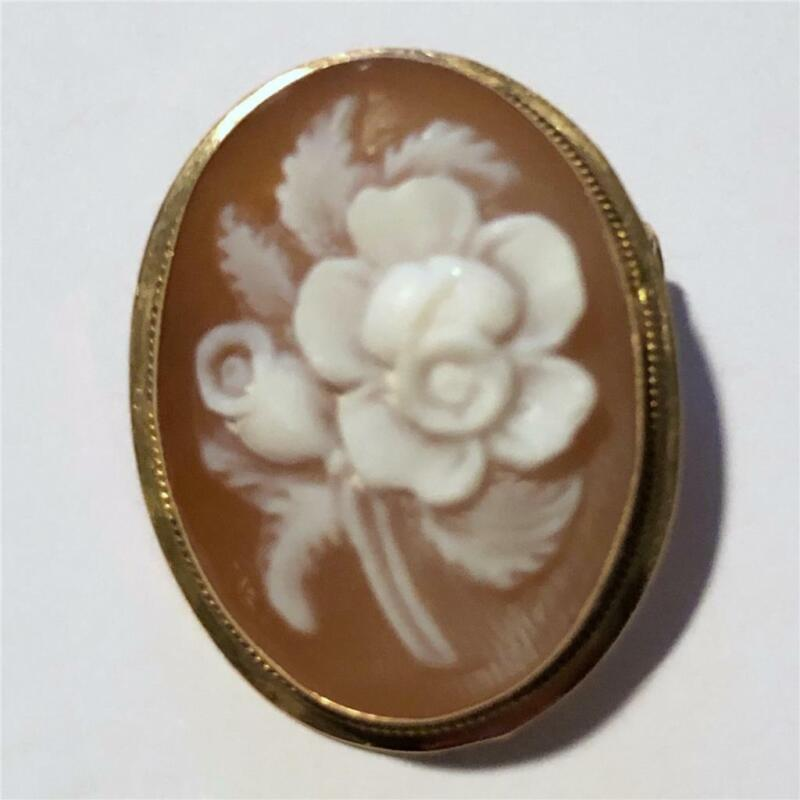 Vintage Hand Carved Sardonyx Shell Cameo 14K Yellow Gold Pin/Brooch of Flowers