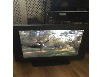 "32"" lcd TV free view HDMI scart ect"