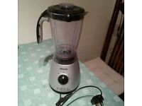 Phillips food blender in very good condition