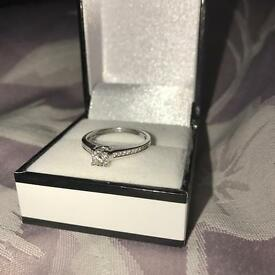 .33ct diamond 9ct white gold solitaire engagement wedding ring