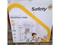 SAFETY FIRST SURE TECH PRESSURE GATE