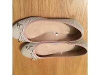 Women's size 5 ballet shoes nude colour
