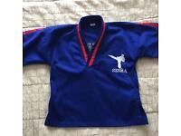 SESMA karate uniform - VGC! Size 0 - fits age 5-6