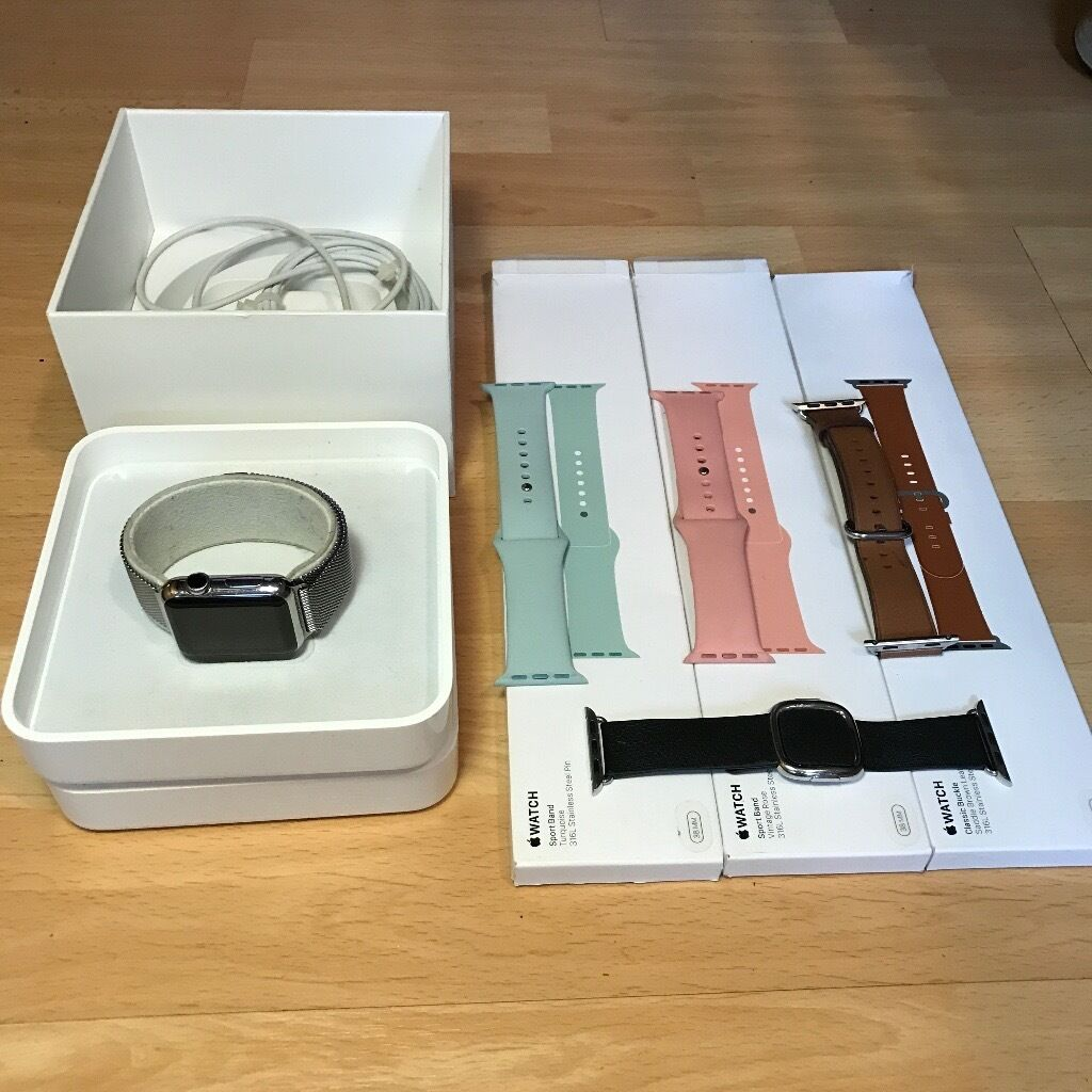 Apple Watch 38mm Stainless Steelin East End, GlasgowGumtree - PRICE NOT NEGOTIABLE Original Apple Watch 38mm with Milanese loop, plus 4 original Apple straps. Purchased from the Apple Store. Includes Apple care insurance until the 29th of June. Comes with charger and original box, normal wear and tear, no...