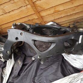 Yamaha r6 2003 frame parts