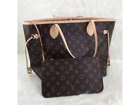 Louis Vuitton Neverfull hand bag
