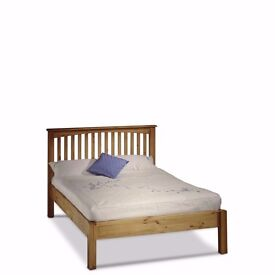 Oakley Pine Kingsized Bed