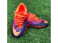 Boys size 11 orange / purple Nike hypervenom boots