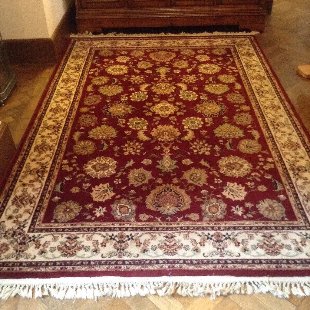 Burgundy traditional rugs, 80 wool 20 nylon. Excellent condition.?