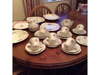 Vintage stanley teaset plus extras. Very pretty.