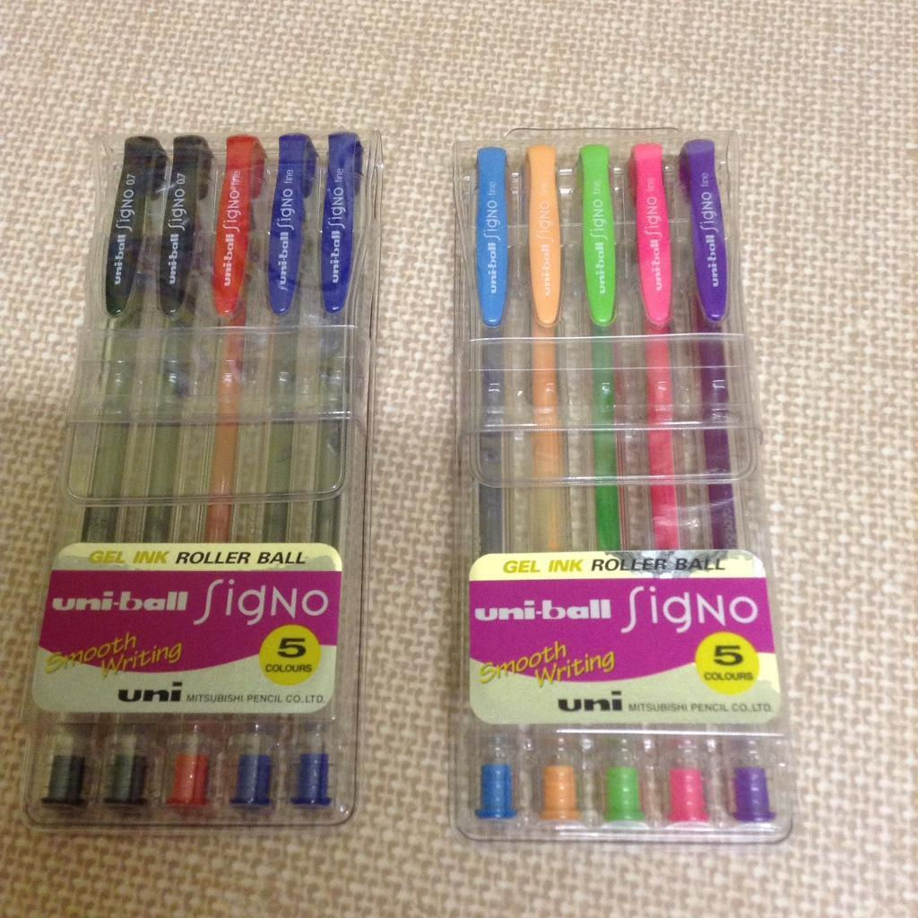 NEW uni-ball Signo Gel Ink Roller Ball Pens, 2 for £10