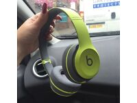 Beats Solo 2 Wireless Headphones Green