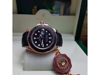 New Boxed black dial black rubber bracelet and rose gold casing Rolex yachtmaster everose Comes