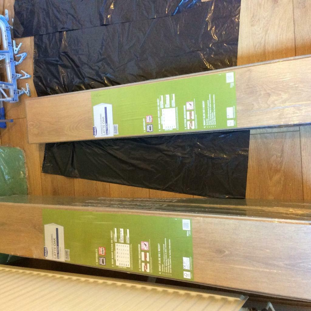 wickes 8 packs of laminate flooring buy sale and trade ads. Black Bedroom Furniture Sets. Home Design Ideas