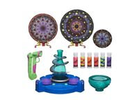 ART AND CRAFT KIDS SET -- NEW NOT USED --