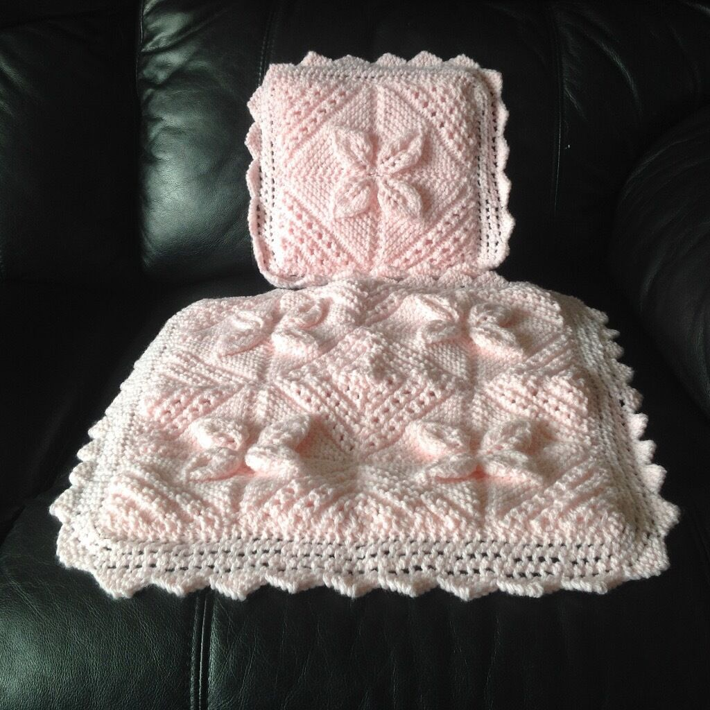 Dolls Hand Knitted Pram Cover ***Brand New***