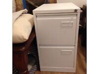 Two drawer A4 filing cabinet (white)