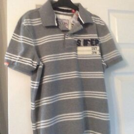 GENUINE NEW Superdry JPN polo shirt in GRey and White. Men's small.