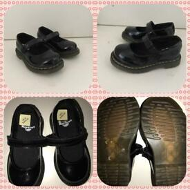 Dr. Martens Girls Patent Shoes infant 6 (Never worn)