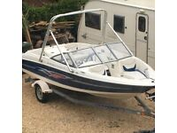 Speedboat. Bayliner 175XT. 17.5 foot. Suitable for water sports.