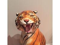 Rare kitsch Italian vintage porcelain tiger statue