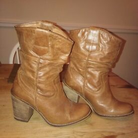 Womens size 5 boots