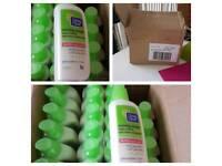 Clean & Clear no shine Control daily facial moisturiser made by Johnson's