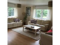 Stunning well presented, centrally located (Pilrig Heights), new build, second flat, furnished flat
