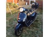 Piaggio Vespa GTS 125cc £1450