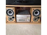 Denon UD-M50 HiFi & Speakers - Mini Stereo System, 3 CD Auto Changer, Radio - Silver