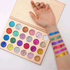 24 Pressed Glitter Eyeshadow Palette