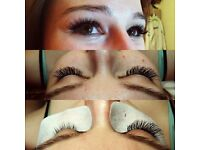 Classic eyelash extensions in Leyton
