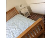 Spacious double bedroom close to Northern General Hospital & Meadowhall