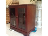 Mahogany cabinet/display unit in excellent condition.