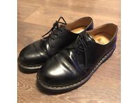 Doc martens size 8 black leather shoes